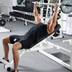 インクライン・ベンチプレスによる大胸筋上部のトレーニング